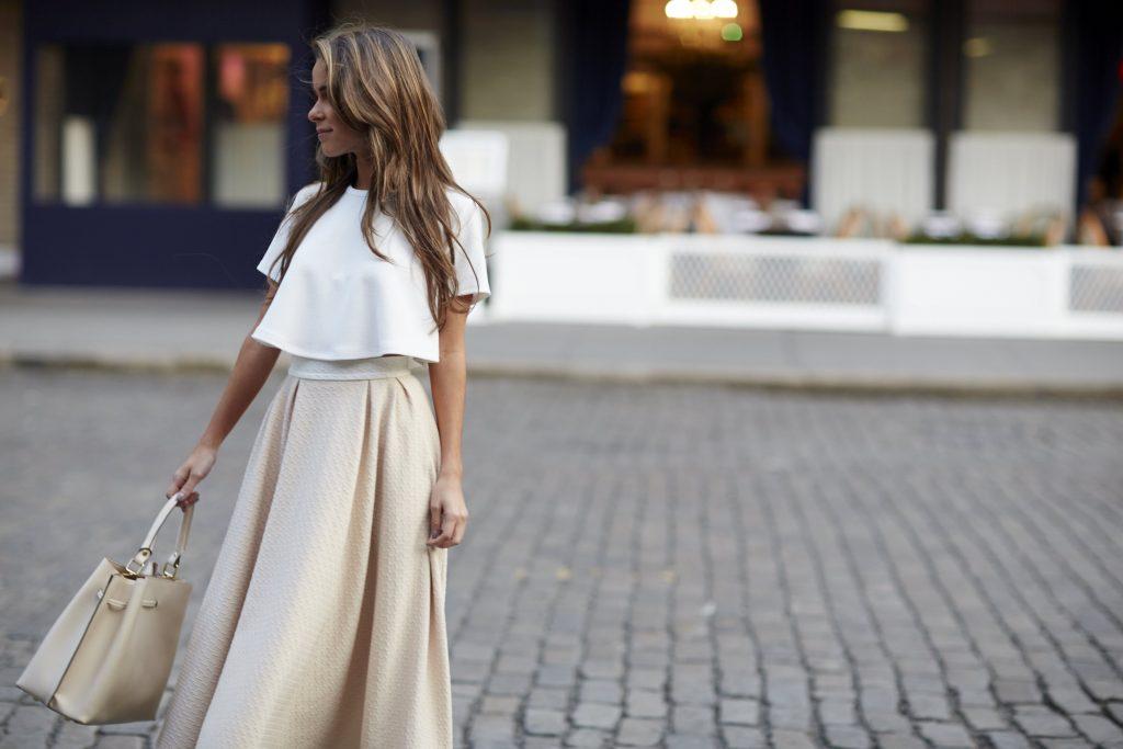 LR-Blogger_Fashion_Social_Ladys_White_036