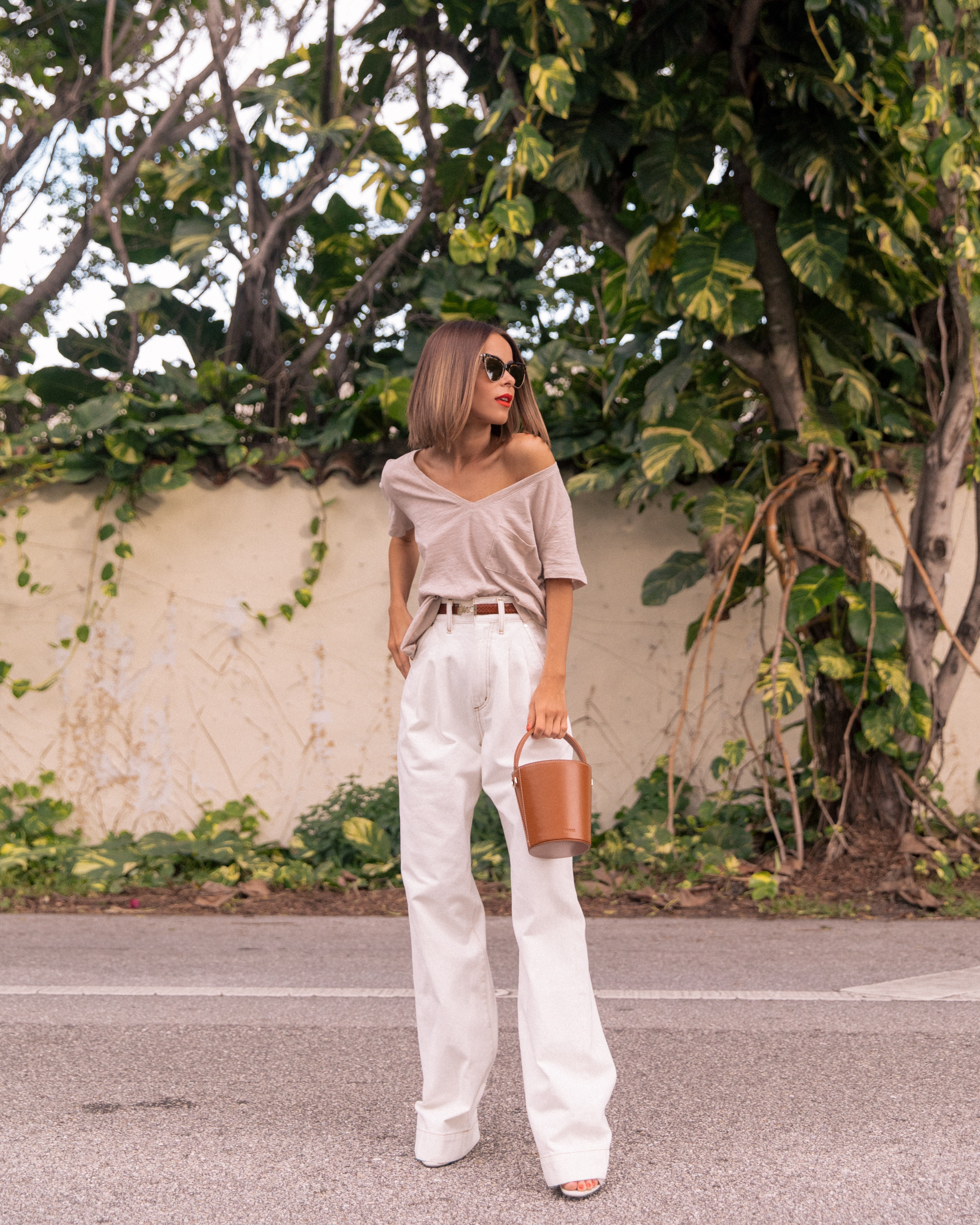 Style Blogger Stephanie Hill from The Style Bungalow wears an ootd featuring Madewell