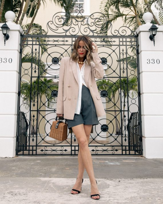 Stephanie Hill from The Style Bungalow wears ootd featuring Sezane blouse and blazer
