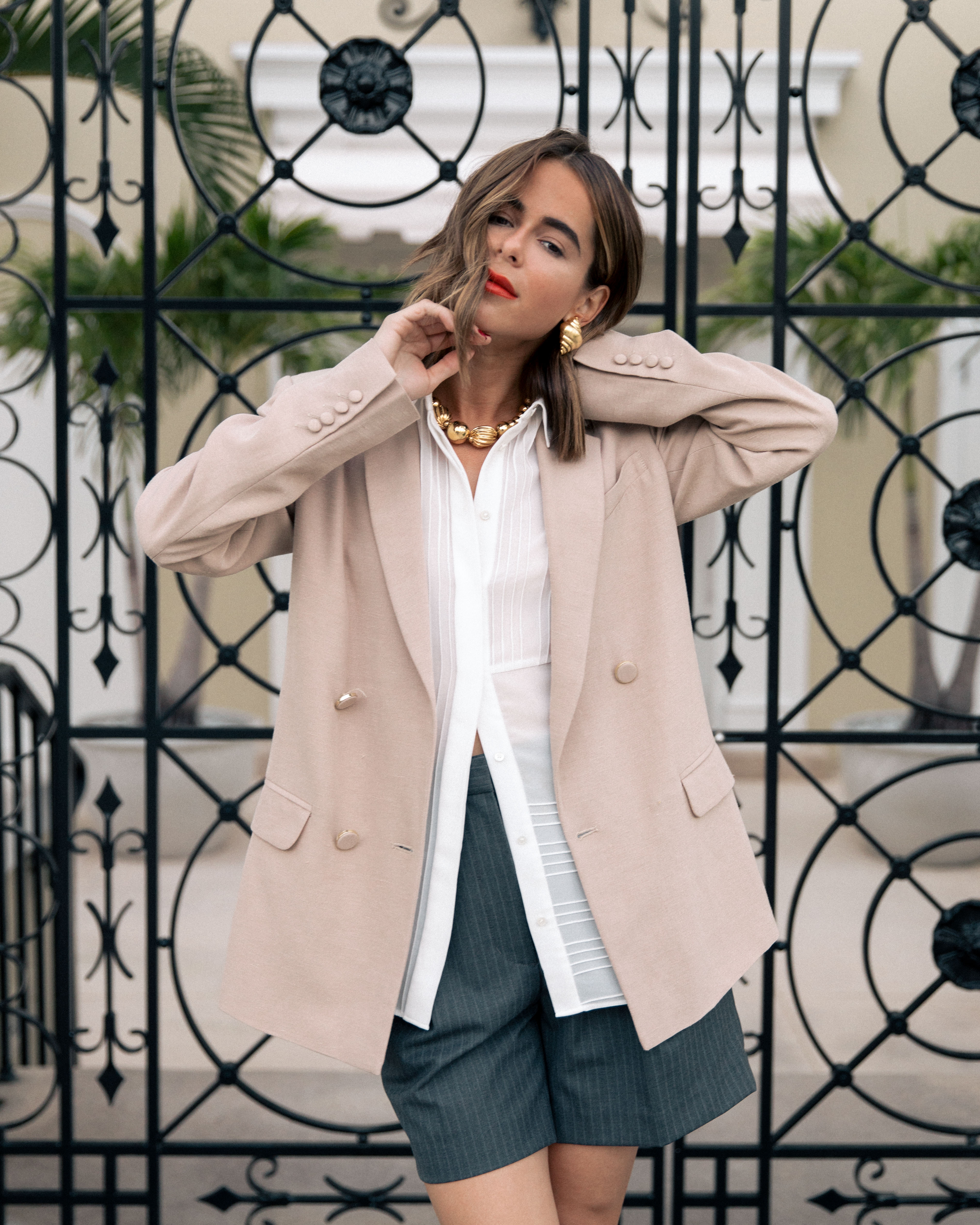 Style Blogger Stephanie Hill from The Style Bungalow wears ootd featuring Sezane blouse and blazer