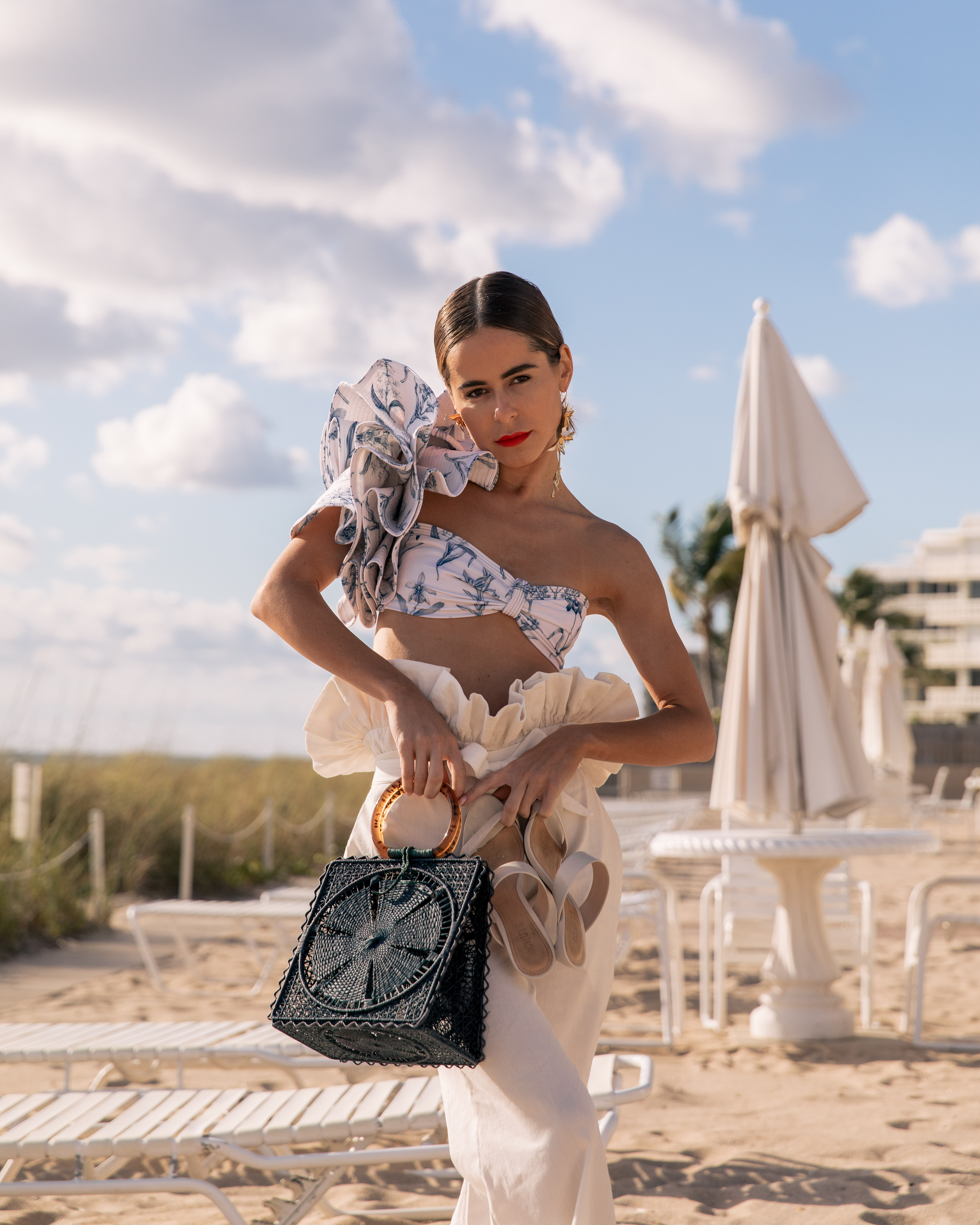 """Style Blogger Stephanie Hill from The Style Bungalow shares her """"Life As I Know It: 5 Years"""" today"""