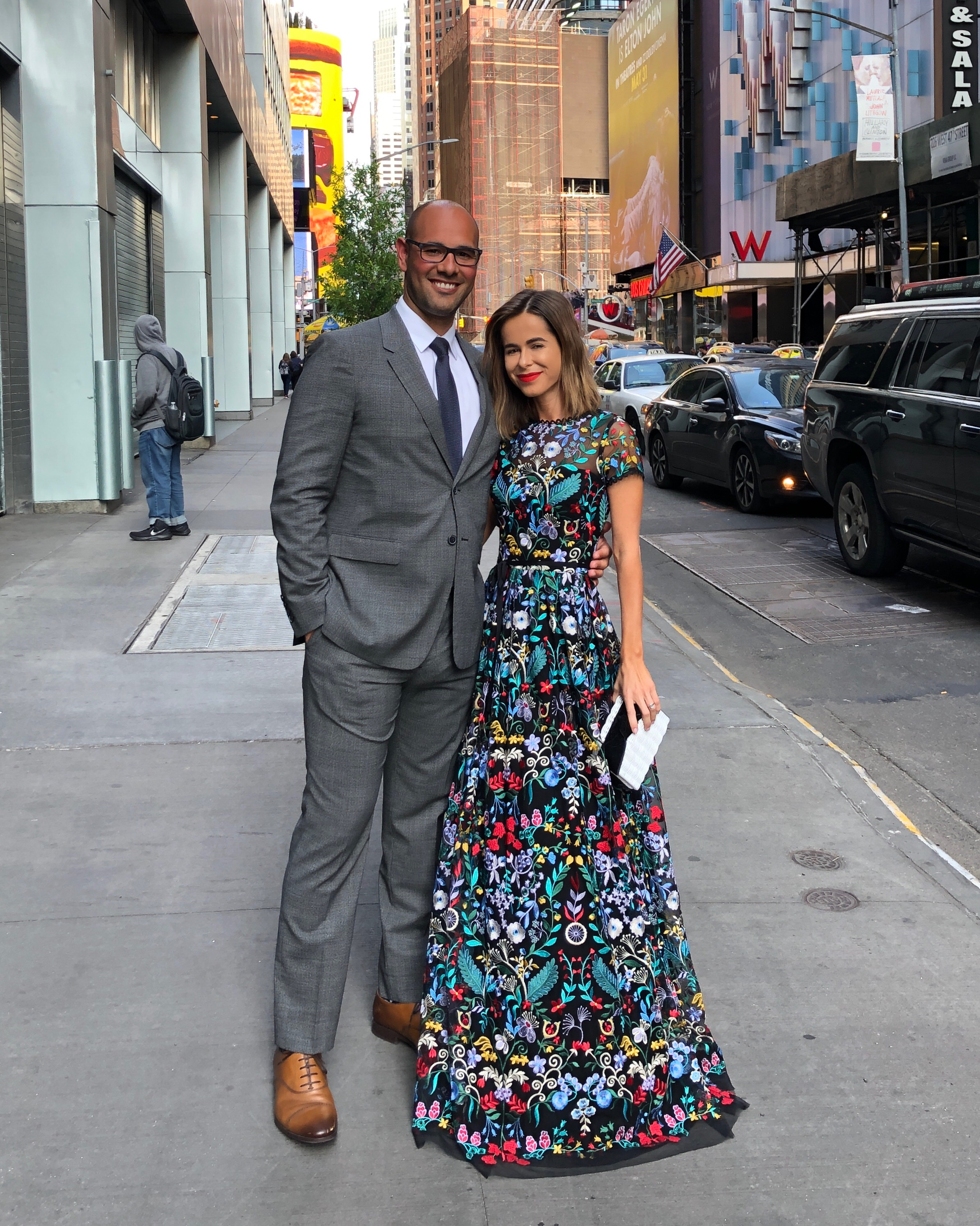 Stephanie Hill from The Style Bungalow wears ootd featuring ML Monique Lhuillier dress