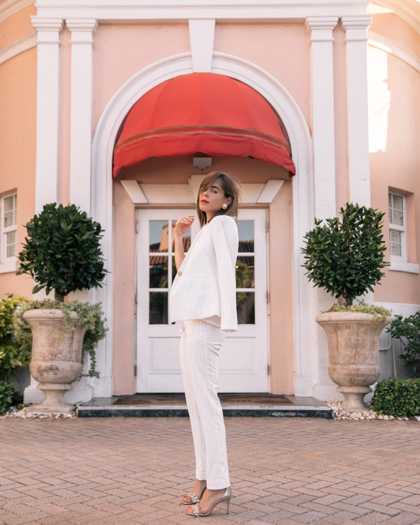 Stephanie Hill from The Style Bungalow features Ann Taylor Summer Whites