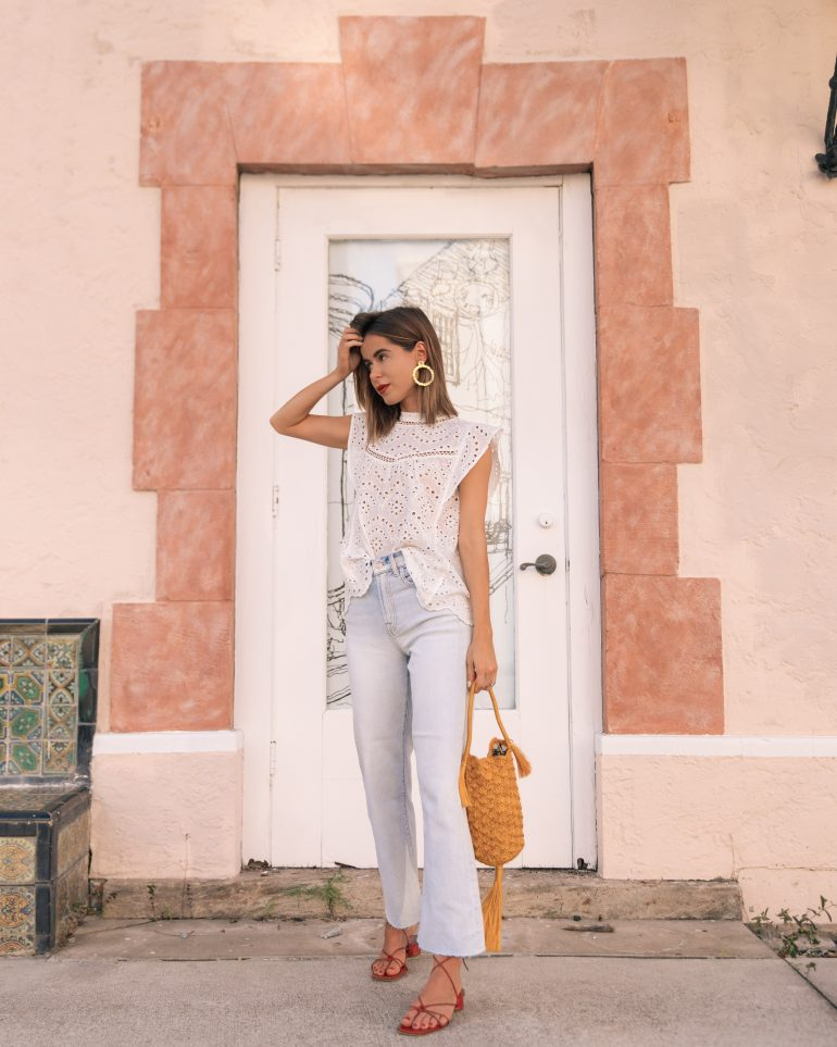 Stephanie Hill from The Style Bungalow wears ootd featuring 7 For All Mankind jeans