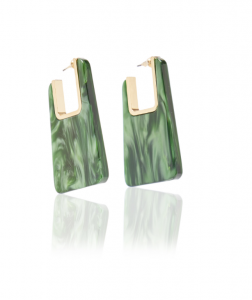 Stephanie Hill from The Style Bungalow on My Summer Accessory Wish List Under $150