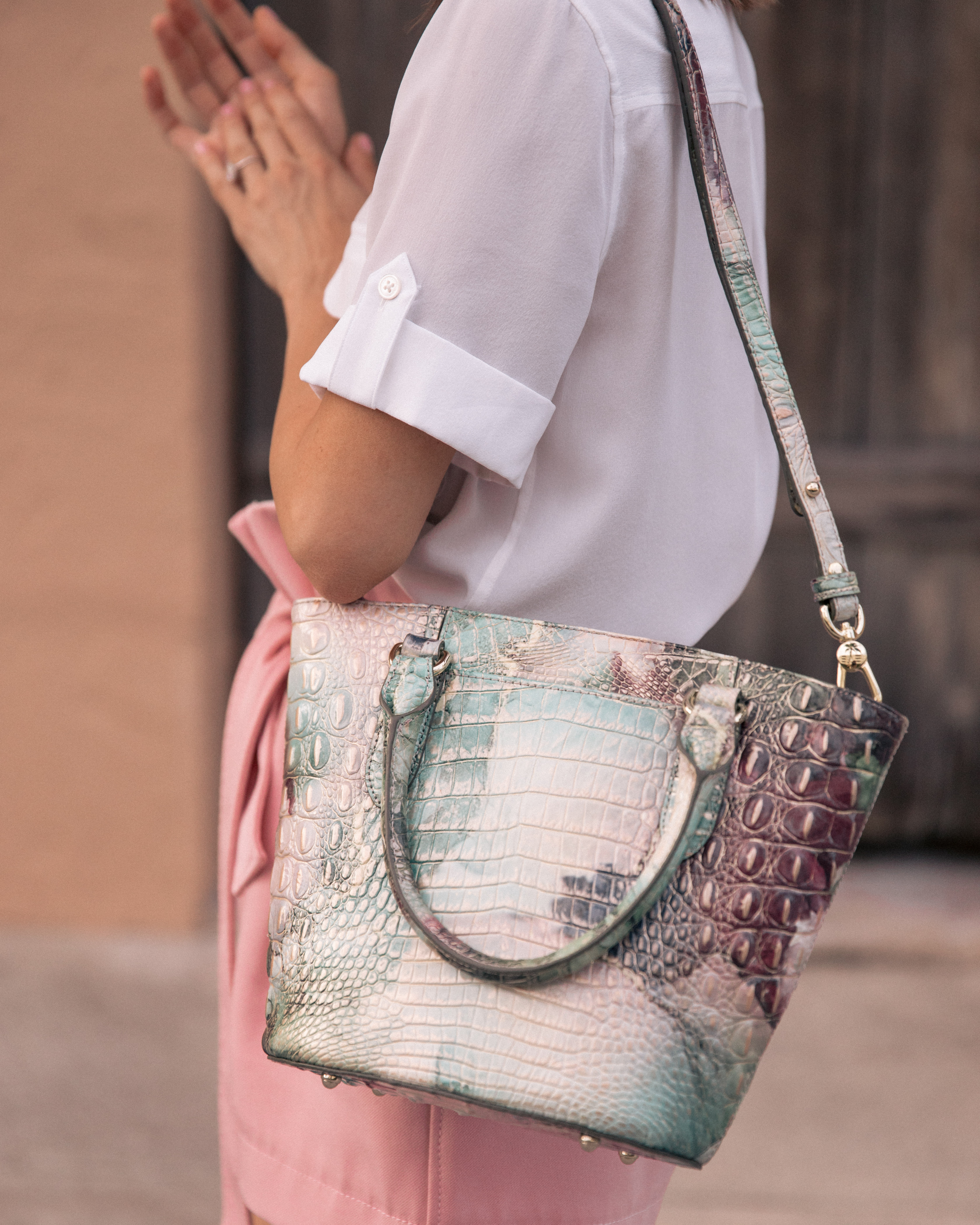 Blogger Stephanie Hill from The Style Bungalow featuring her Most Used Handbag Brand of 2019