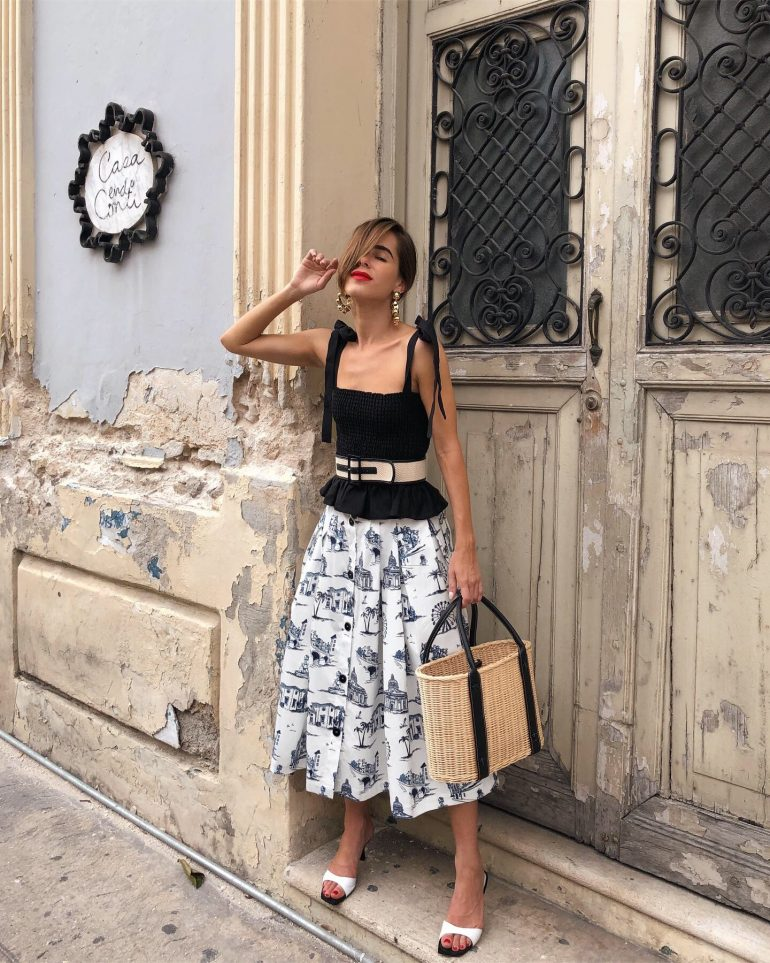 Blogger Stephanie Hill from The Style Bungalow wears ootd featuring Maje Skirt