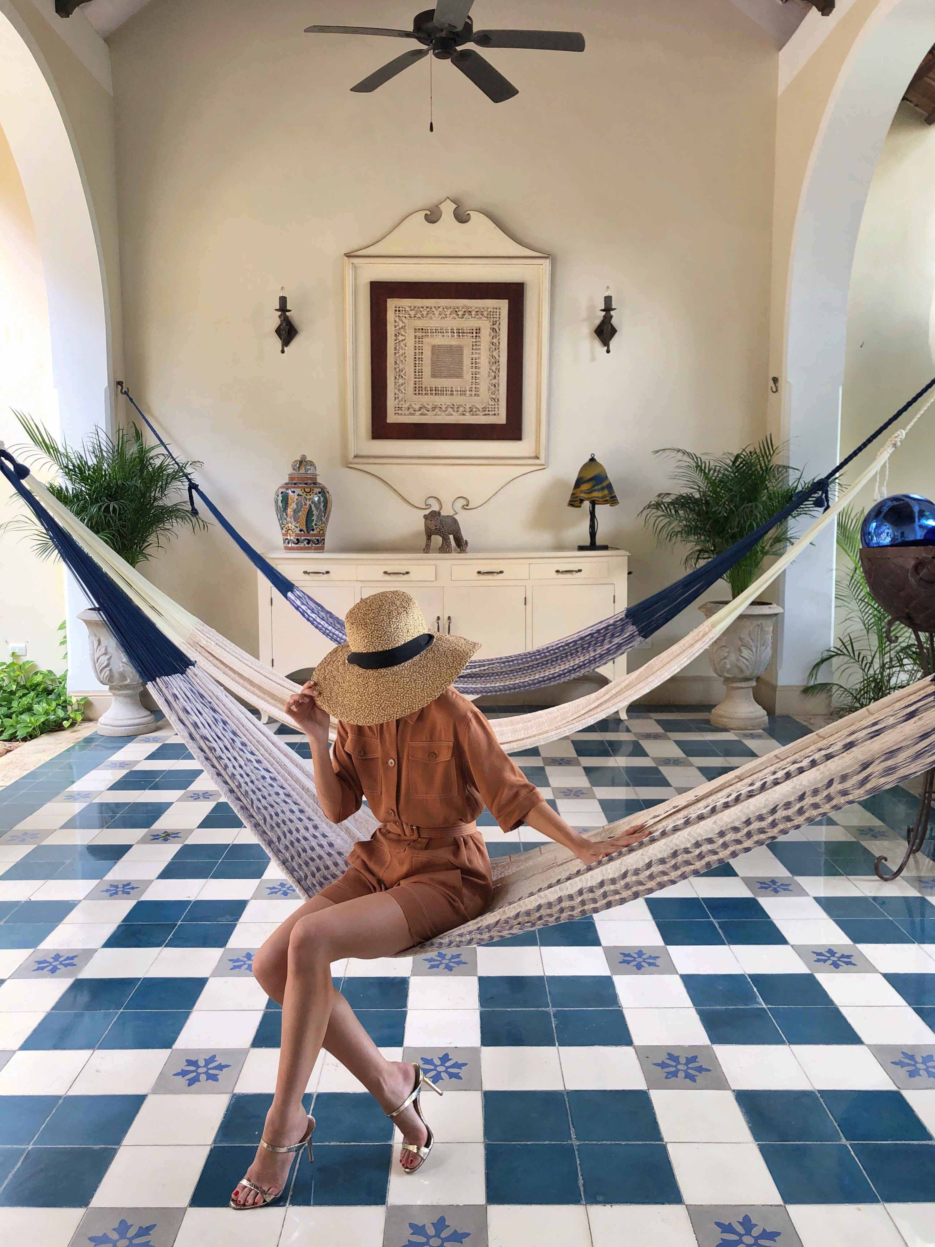 Stephanie Hill from The Style Bungalow featuring My Guide to Mérida