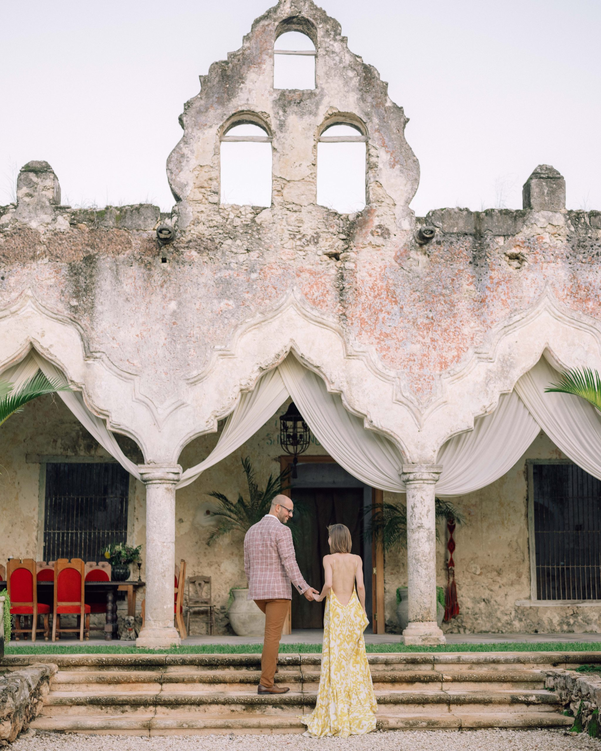 7 Things to Consider When Choosing Your Wedding Photographer on The Style Bungalow by Stephanie Hill