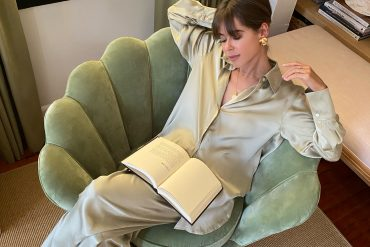 Style Blogger Stephanie Hill shares Your Favorite Books RN on The Style Bungalow
