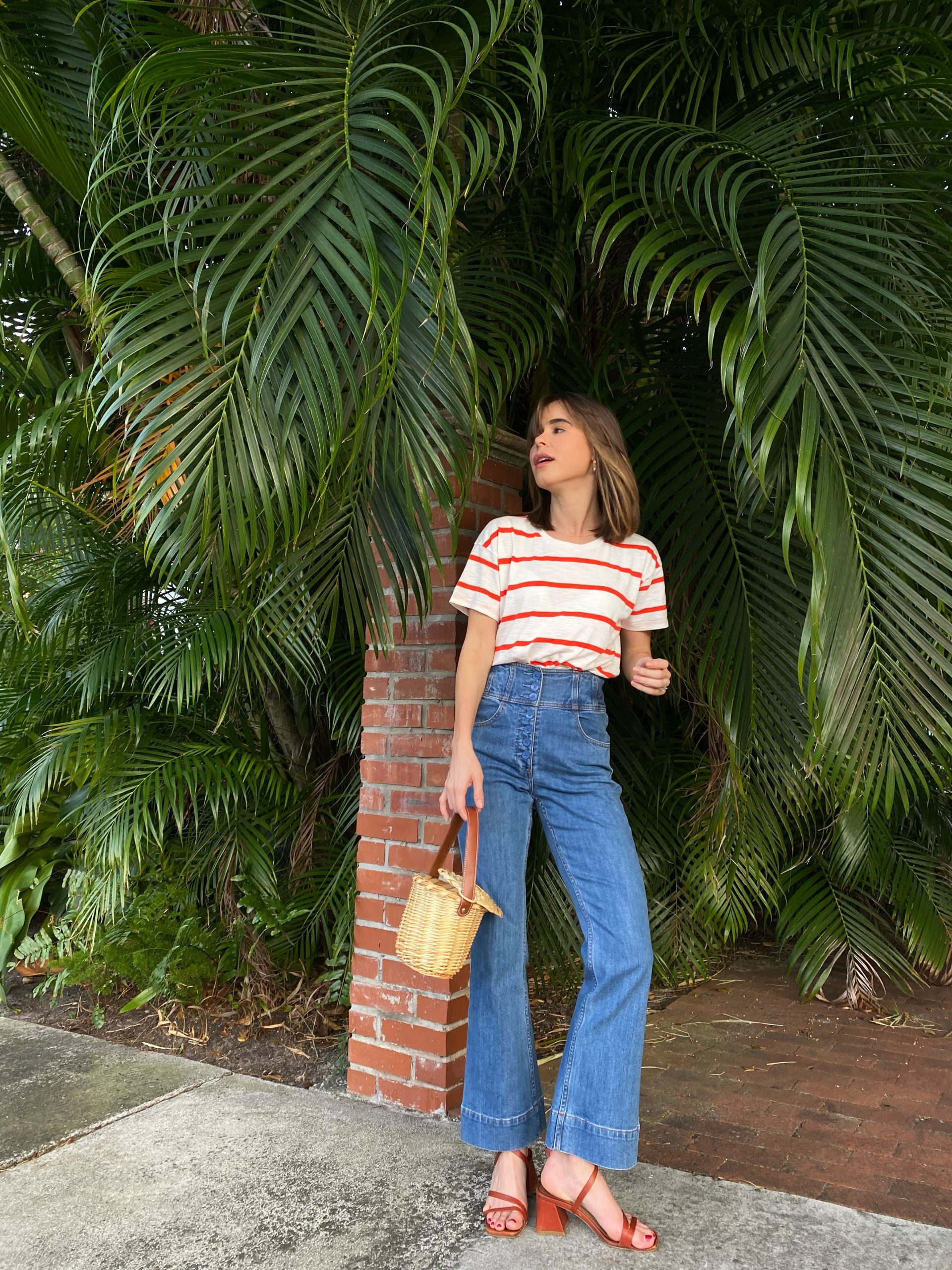 Fashion Blogger Stephanie Hill wears #ootd featuring Madewell tee on The Style Bungalow