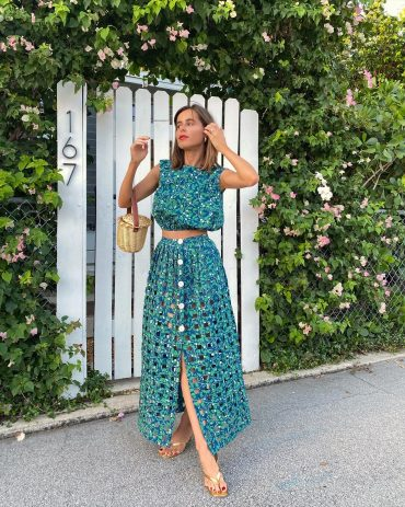 Lifestyle Blogger Stephanie Hill wears #ootd featuring two-piece set from Coco Shop on The Style Bungalow