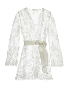 Gift Guide for the Covid Brides on The Style Bungalow by Stephanie Hill